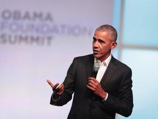 Obama warns leaders of divisive social media