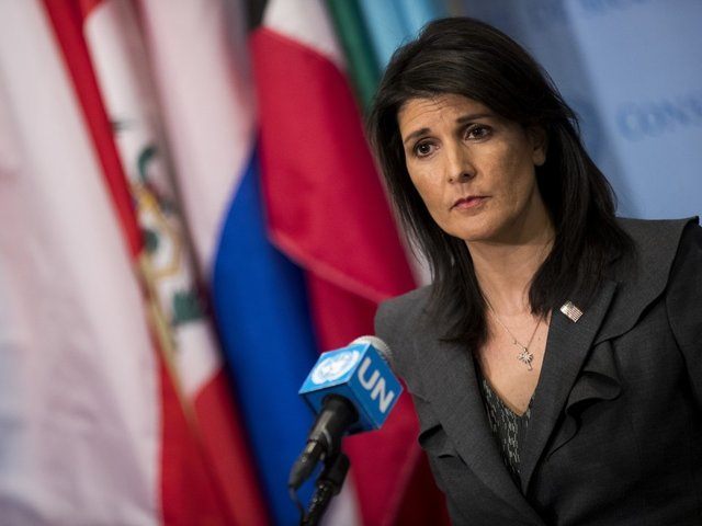 U.S.  warns it won't fund United Nations  refugee agency if Palestinians reject talks