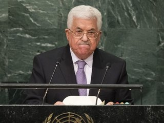 Abbas wants new moderator for peace talks