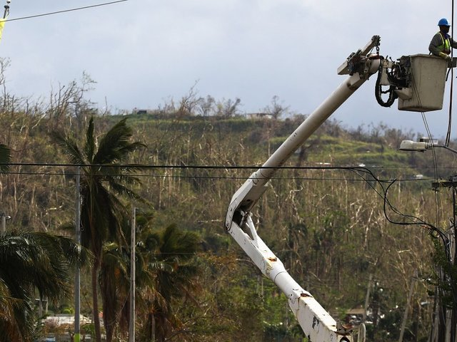 Federal judge approves $300M loan to Puerto Rico's utility