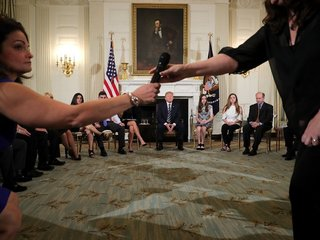 Students debate guns, school safety at WH