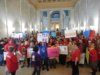 W. Virginia schools closed despite pay deal