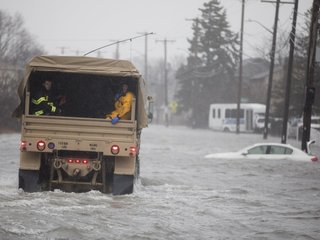 At least 5 dead from storm on East Coast