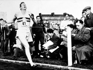 First person to run sub-4-minute mile has died