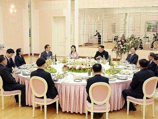 South Korea Envoys Travel To US To Discuss...