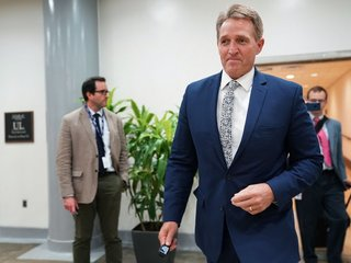 Sen. Flake wants to 'nullify' Trump's tariffs