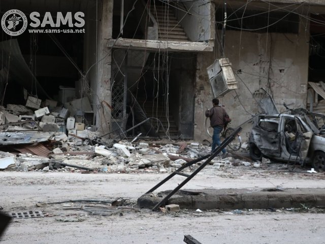 Syrian government forces poised to slice eastern Ghouta in two - commander