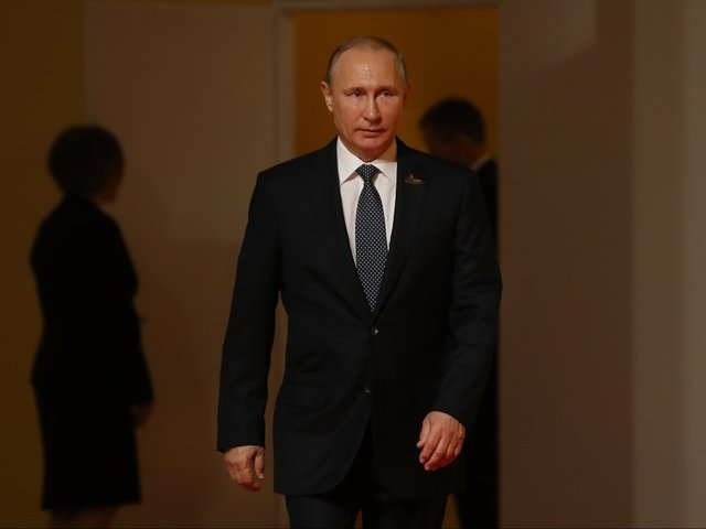 Putin hails Crimea annexation in speech ahead of vote
