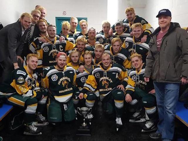 Znalezione obrazy dla zapytania At least 14 killed in bus crash involving Canadian junior hockey team
