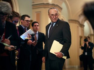 Schumer seeks to make pot legal under law