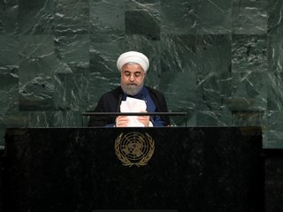 Iran warns US to stay in nuclear deal