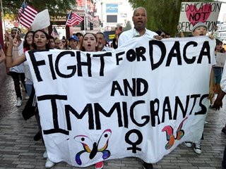 7 states file lawsuit to end DACA