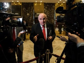 Giuliani attempts to clarify recent statements
