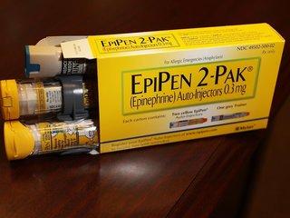 FDA adds EpiPen to drug shortage list