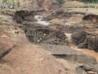 Kenyan officials investigating deadly dam burst