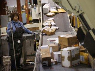 Postal Service down $1.3 billion in 2nd quarter