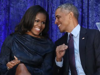 Obamas sign Netflix production deal