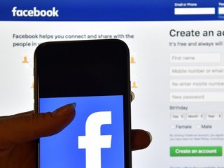 Facebook asks for some advertisers' SSNs
