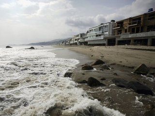 Rising sea levels to cause chronic flooding