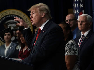 Trump: Deport without 'judges or court cases'
