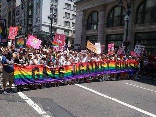 Why Gays Against Guns uses the rainbow flag