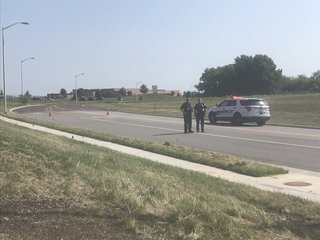2 shot near Kansas elementary school