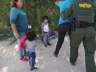 US government performs DNA testing on migrants
