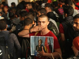 Germany, Greece agree on migrant relocation deal