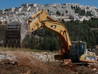 Israel approves construction of new settlements