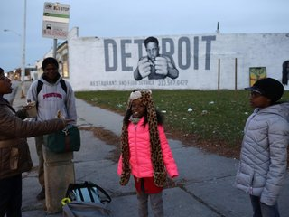 Detroit schools shut off drinking water
