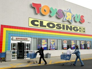Walmart aims to fill gap left by Toys R Us