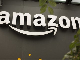 Amazon to split second HQ between NY and VA