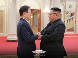 Kim meets with South Korean delegation