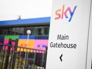 Comcast outbids Fox for Sky