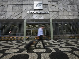 Petrobras to pay $853M fine over bribery scandal