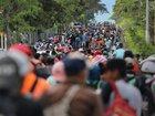 Migrant caravan continues trek toward Mexico, US