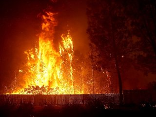 Northern California 'Camp' Fire grows rapidly