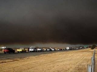 Deadly California fires force evacuations